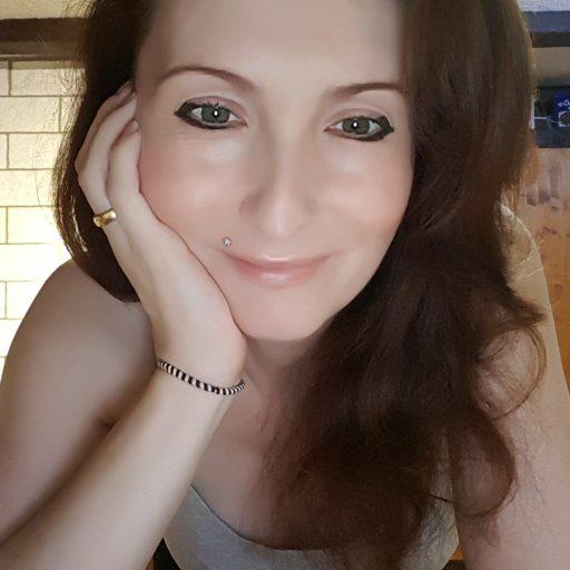 cropped-profilselfie-volles-bild-1.jpg